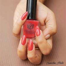 GORGEOUS COSMOS CLASSIC sHADE - Scarlet (Red Colour) Toxic Free Nail Polish 10 Ml